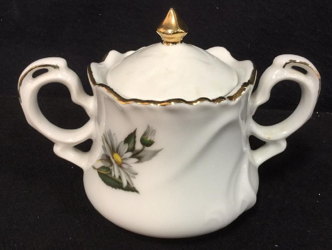 Lot 3 Porcelain Ceramic Teapot Sugar And Creamer - 3