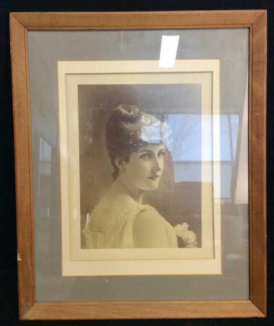 Framed Vintage Style Art Print Portrait of Woman - 2