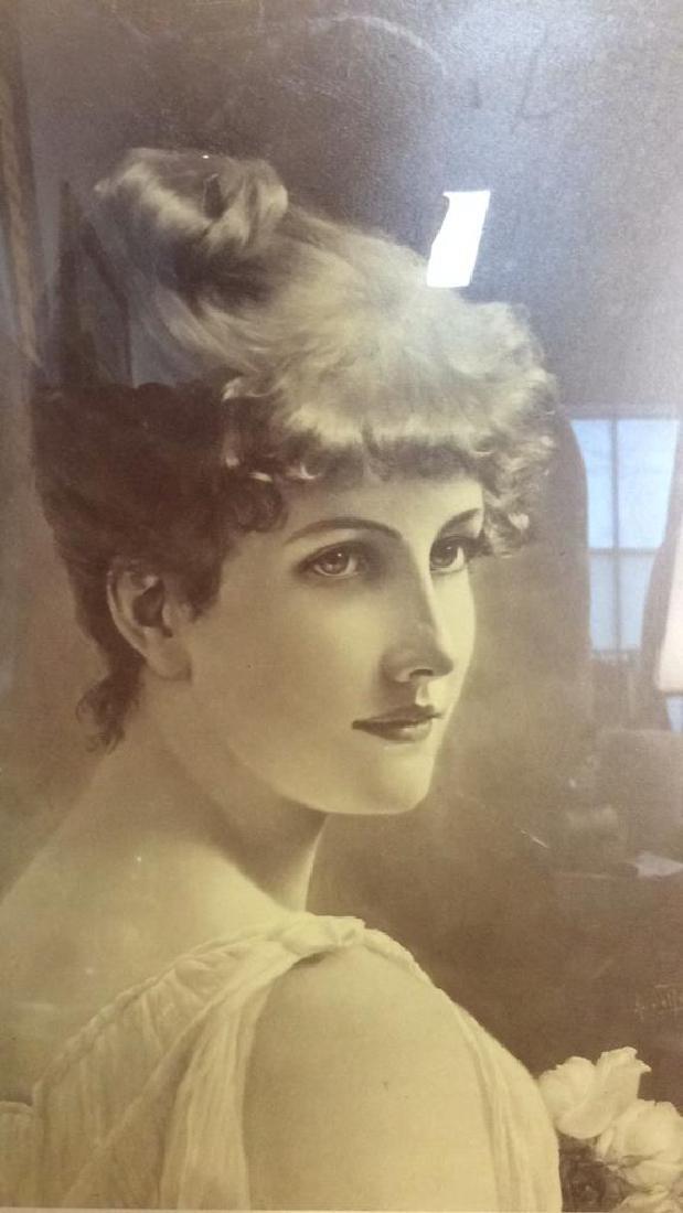 Framed Vintage Style Art Print Portrait of Woman - 3