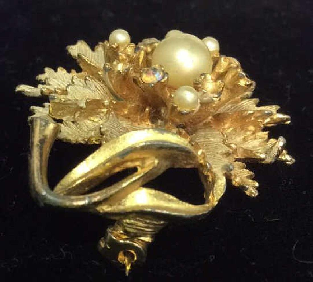 Group Lot 5 Vintage Pearl Jewelry - 3
