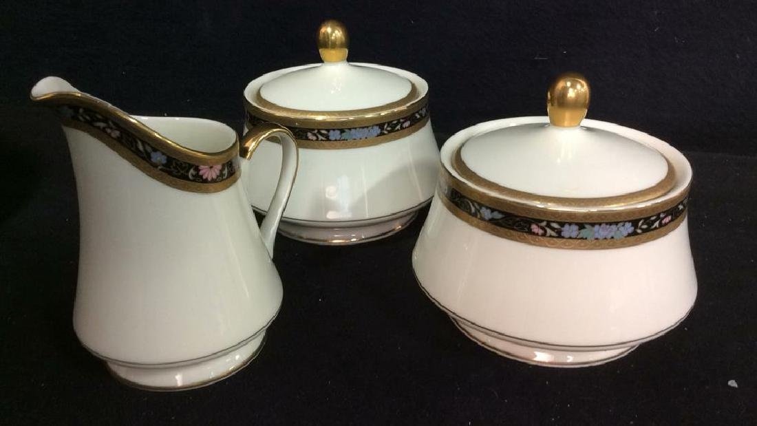 Set 80 MIKASA Fine China King's Gold Dishes - 10