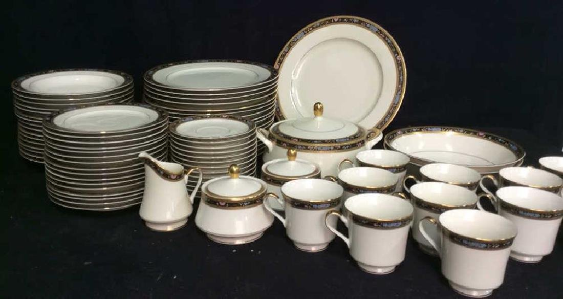 Set 80 MIKASA Fine China King's Gold Dishes