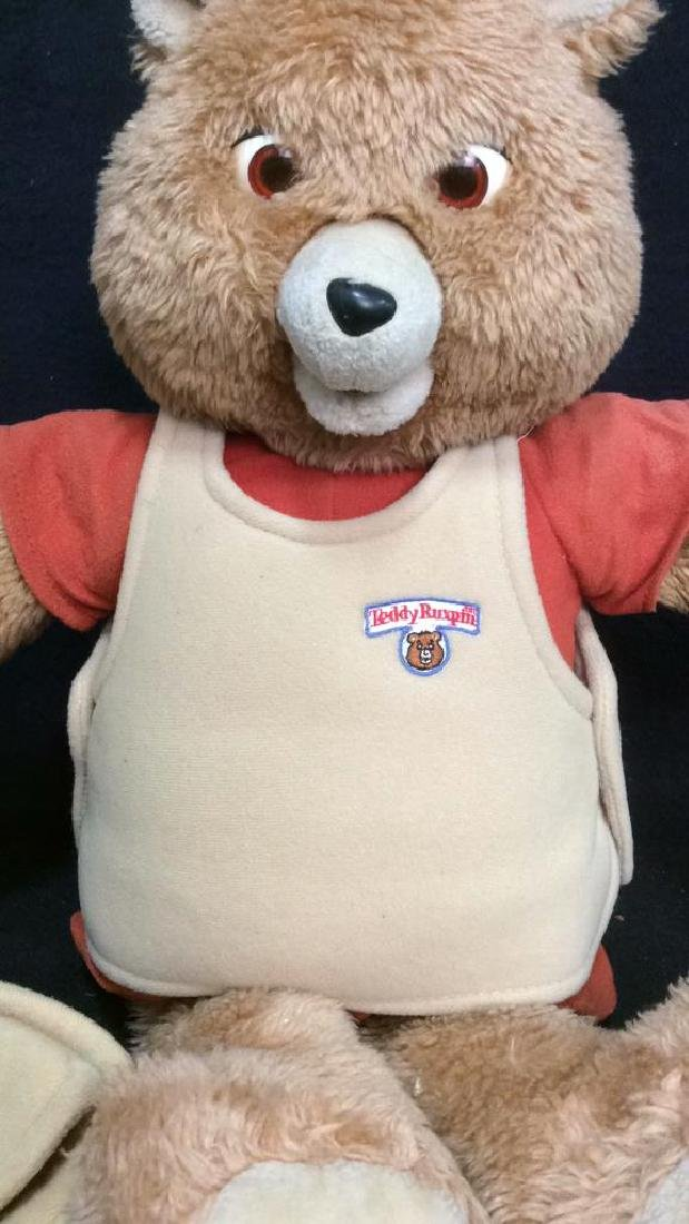 Vintage WorldofWonder Talking Teddy Ruxpin - 2