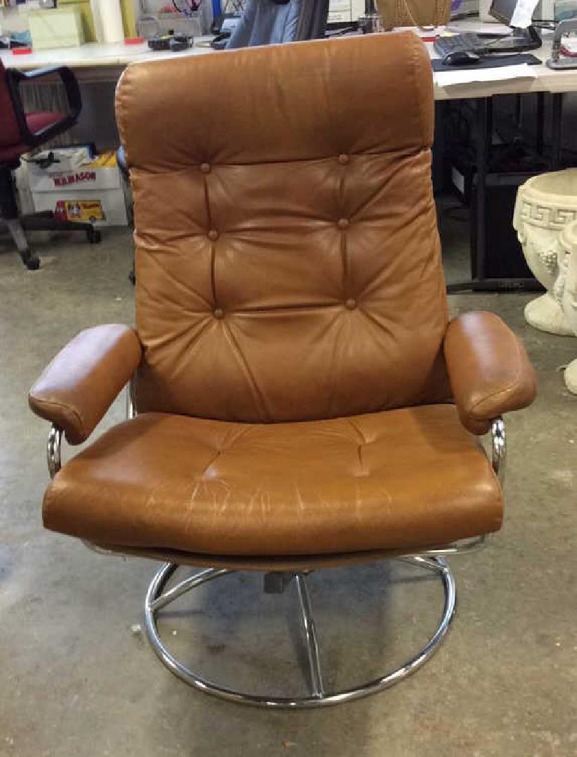Mid Century Modern Leather Chrome  Chair wOttomon - 7
