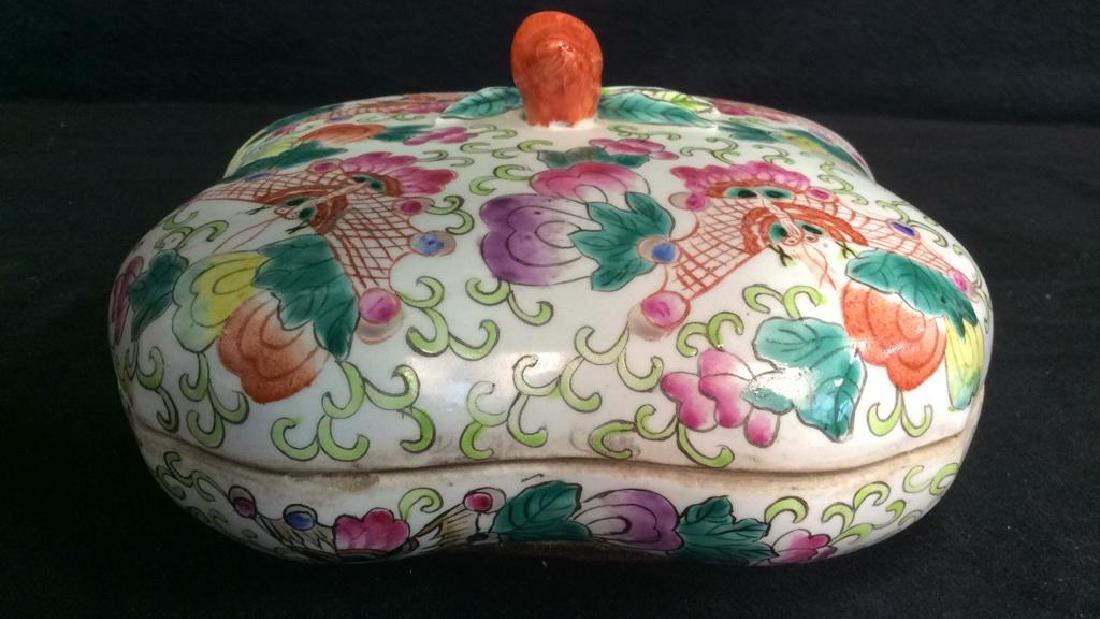 Vintage Oriental Porcelain Lidded Trinket Box
