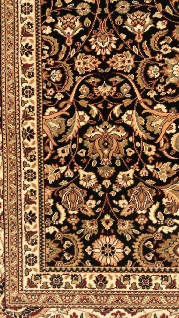 Intricately Detailed Floral Motif Wool Rug - 10