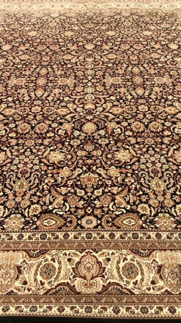 Intricately Detailed Floral Motif Wool Rug - 7