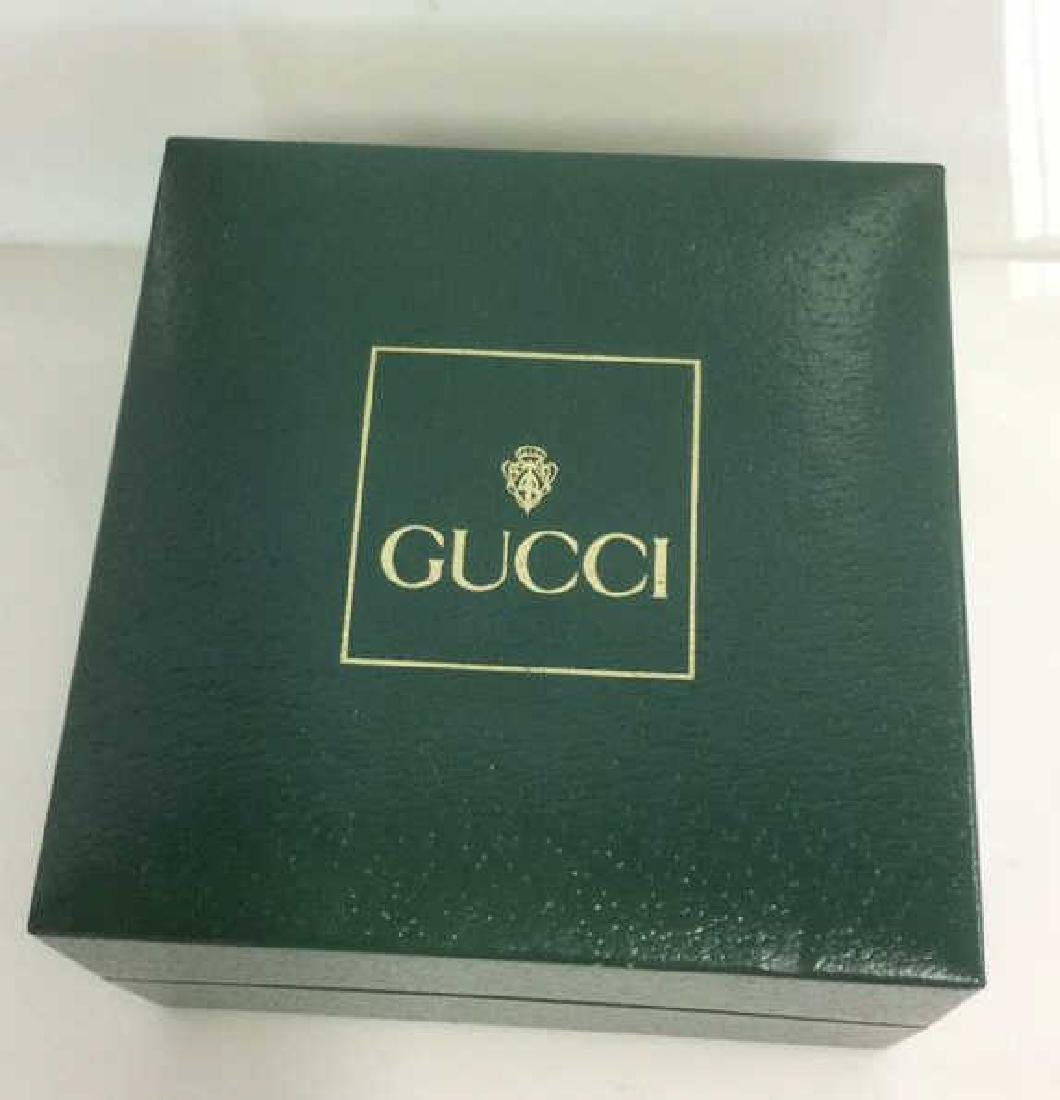 GUCCI Designer Ladies Wristwatch w Box and Bevels - 2