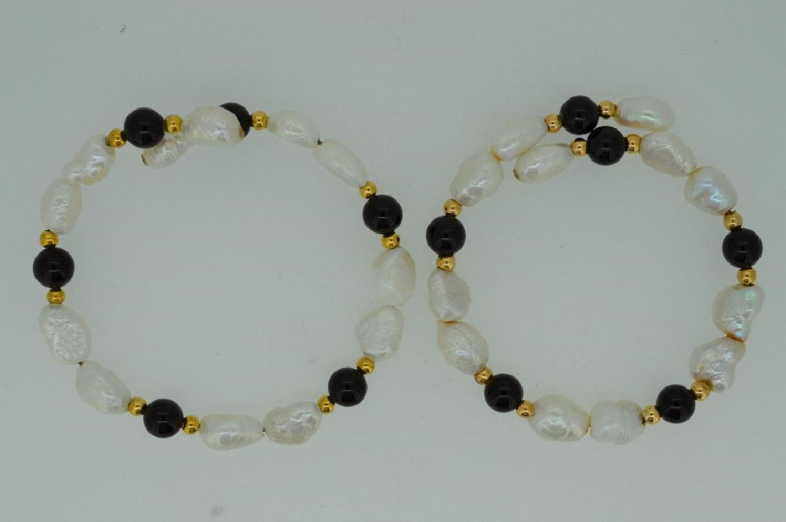 "Ladies Set of Two 7"" Pearl & Onyx Bead Cuff Bracel"