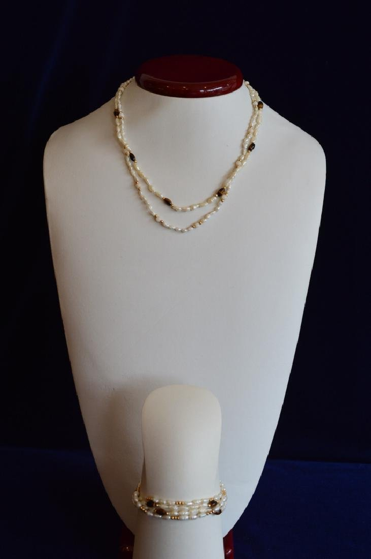 Ladies Set of Freshwater Seed Pearl Jewelry with T