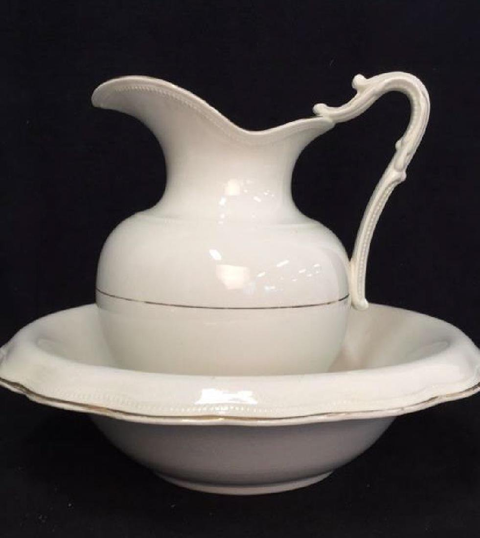 Vintage Porcelain QUEEN EP and Co Wash Basin Set - 10