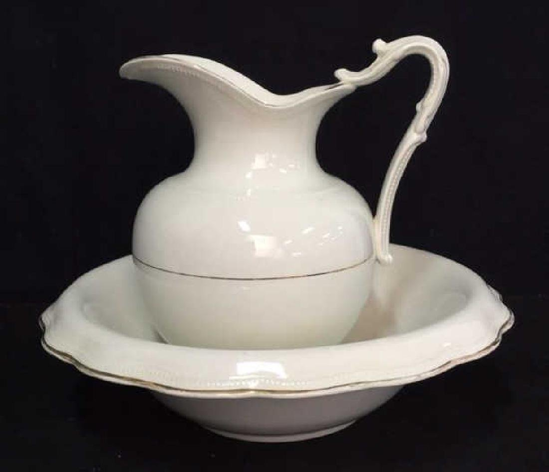 Vintage Porcelain QUEEN EP and Co Wash Basin Set - 8
