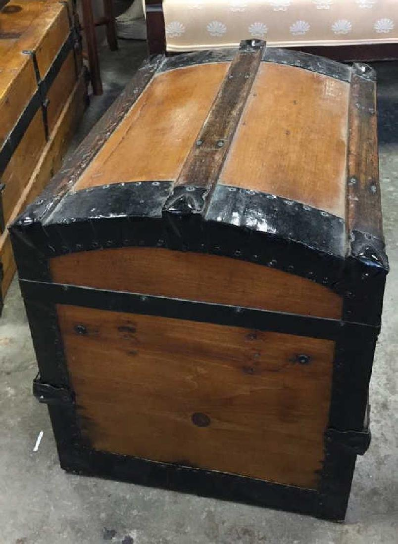 Vintage Possibly Antique Wood And Metal Trunk - 4