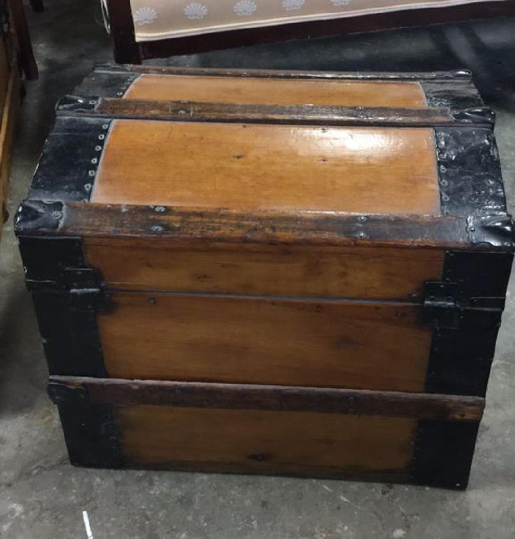 Vintage Possibly Antique Wood And Metal Trunk - 5
