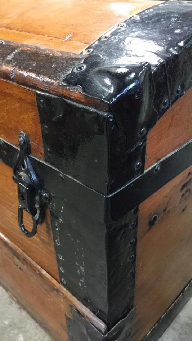 Vintage Possibly Antique Wood And Metal Trunk - 6
