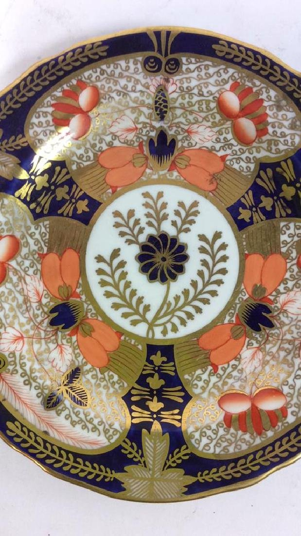 Pair ROYAL CROWN DERBY ENGLAND Plates - 6