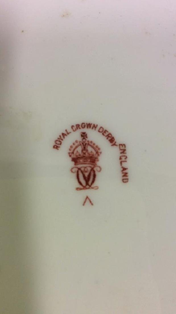 Pair ROYAL CROWN DERBY ENGLAND Plates - 8