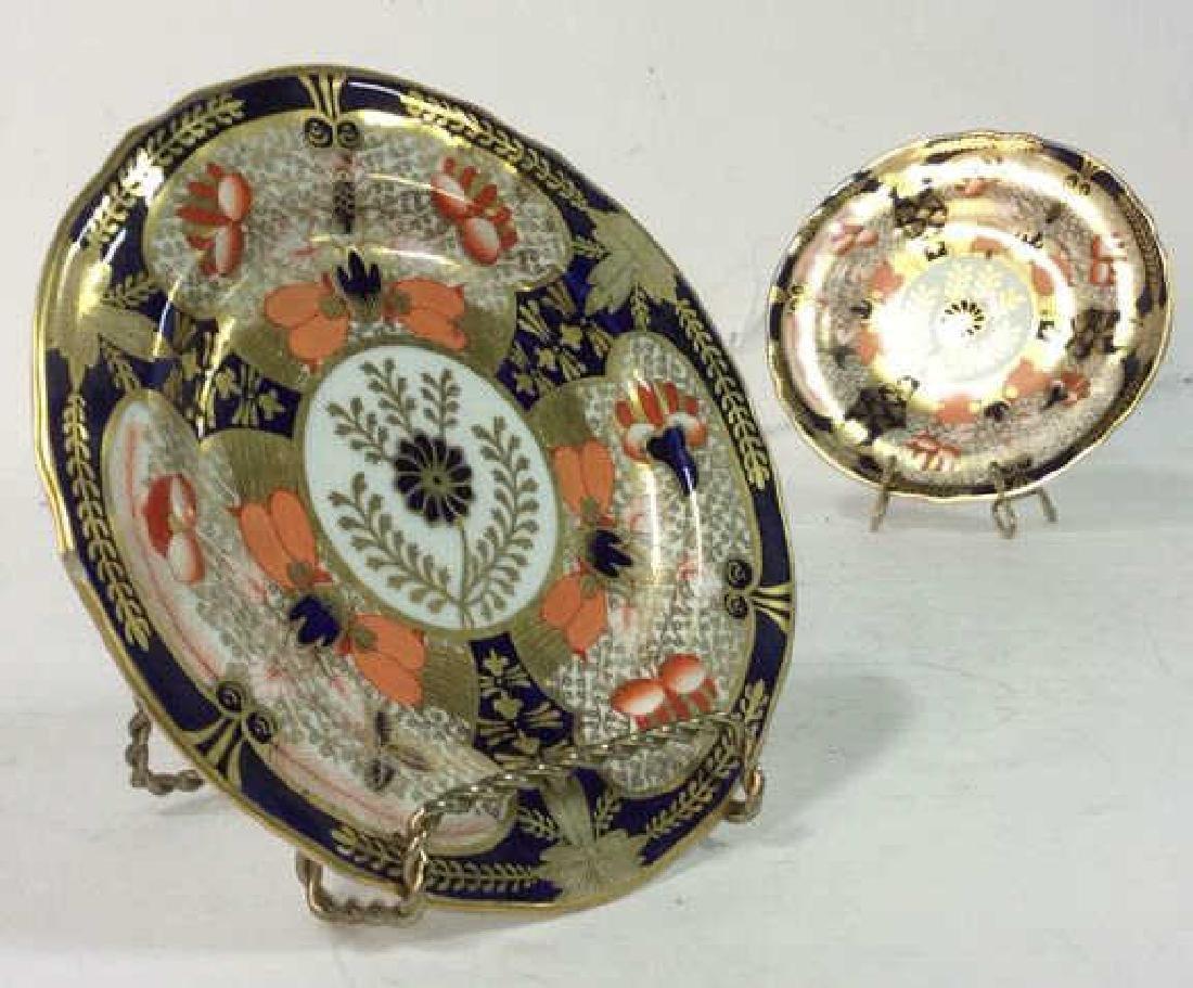 Pair ROYAL CROWN DERBY ENGLAND Plates - 9