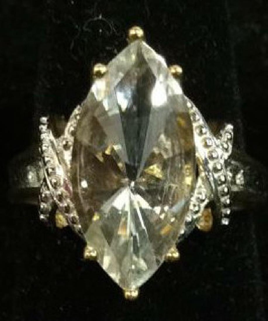 10 K Gold White Topaz Ring