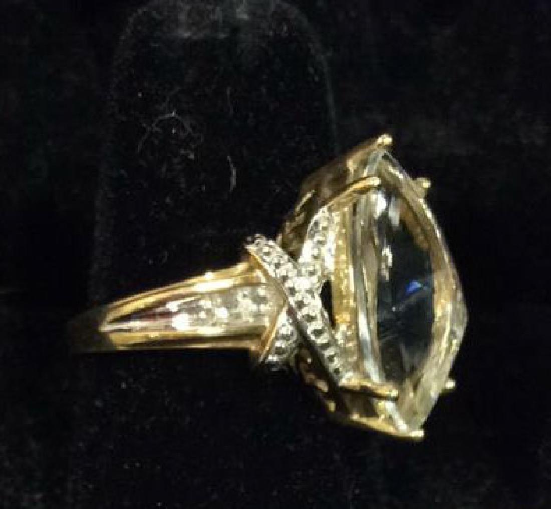 10 K Gold White Topaz Ring - 2
