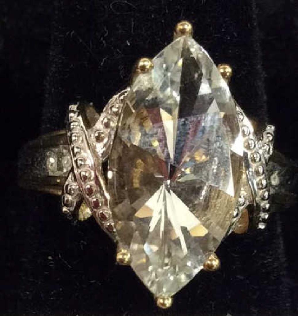 10 K Gold White Topaz Ring - 4