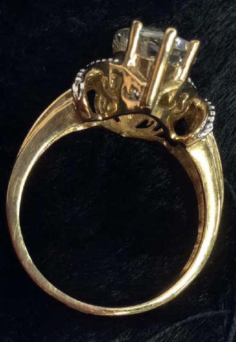 10 K Gold White Topaz Ring - 8