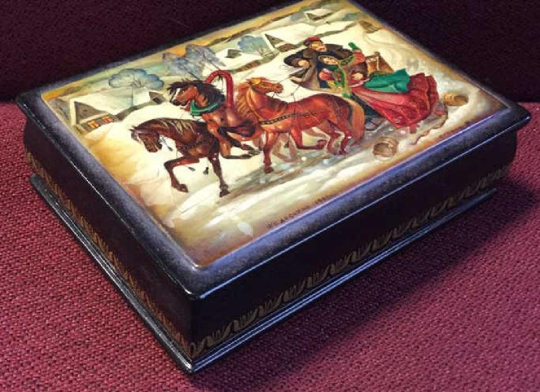 Russian Painted Lacquer Lidded Box, signed dated - 3