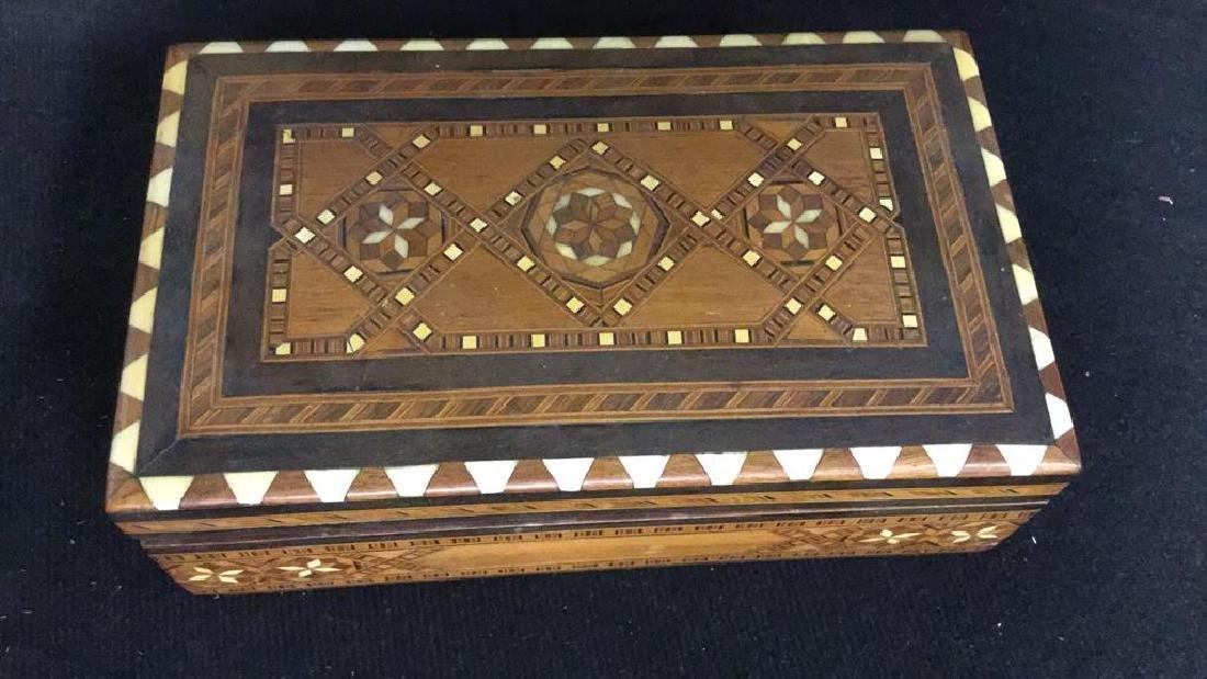 Vintage Inlaid Mechanical Wood Cigarette box - 6