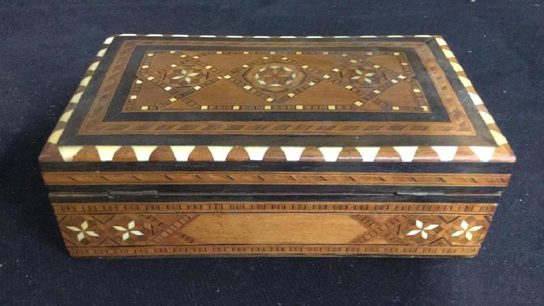 Vintage Inlaid Mechanical Wood Cigarette box - 7