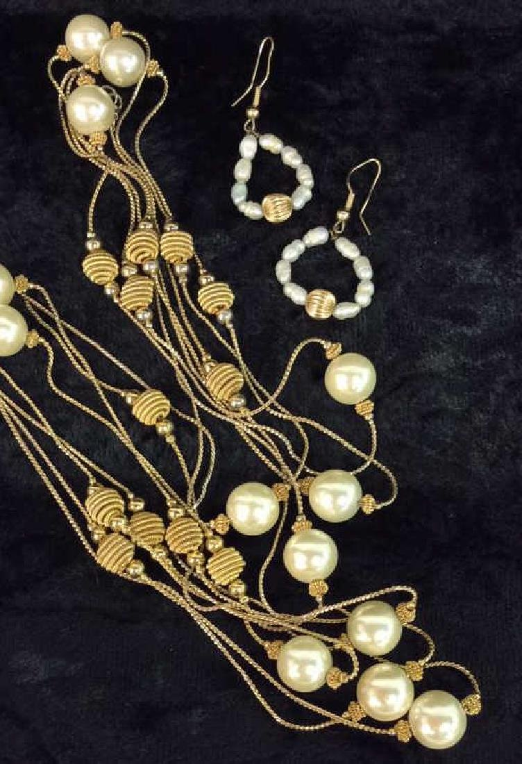 Lot 3 Pearl And Gold Toned Metal Women's Jewelry