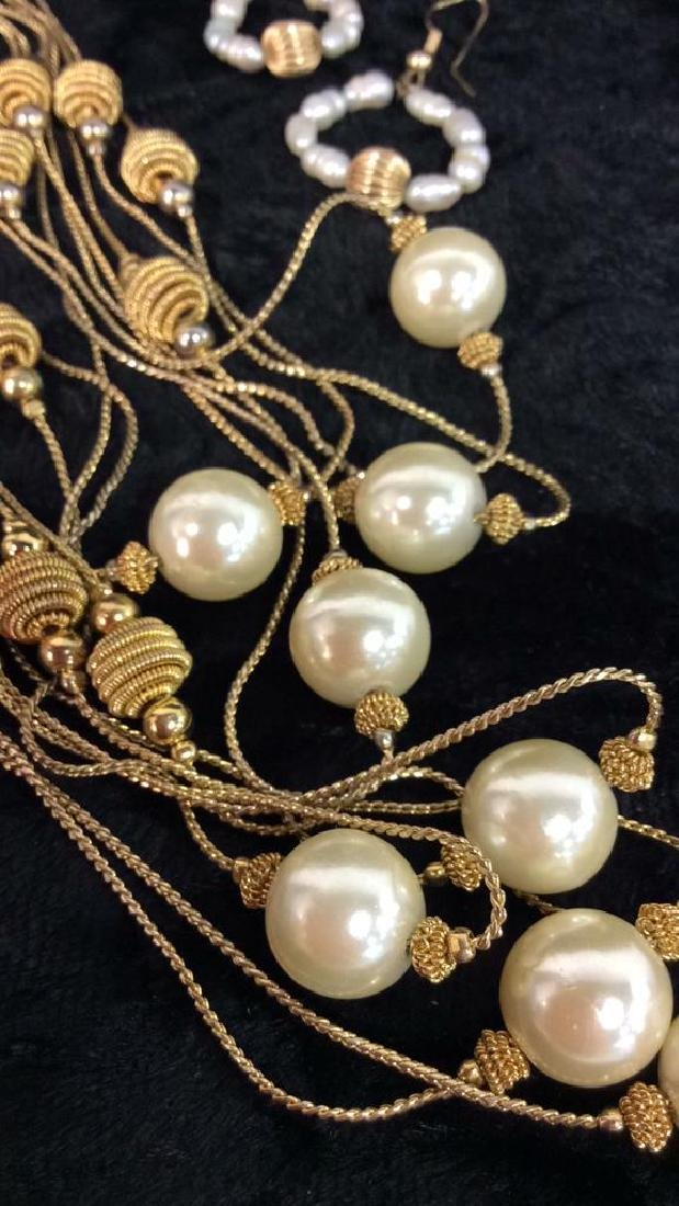 Lot 3 Pearl And Gold Toned Metal Women's Jewelry - 2