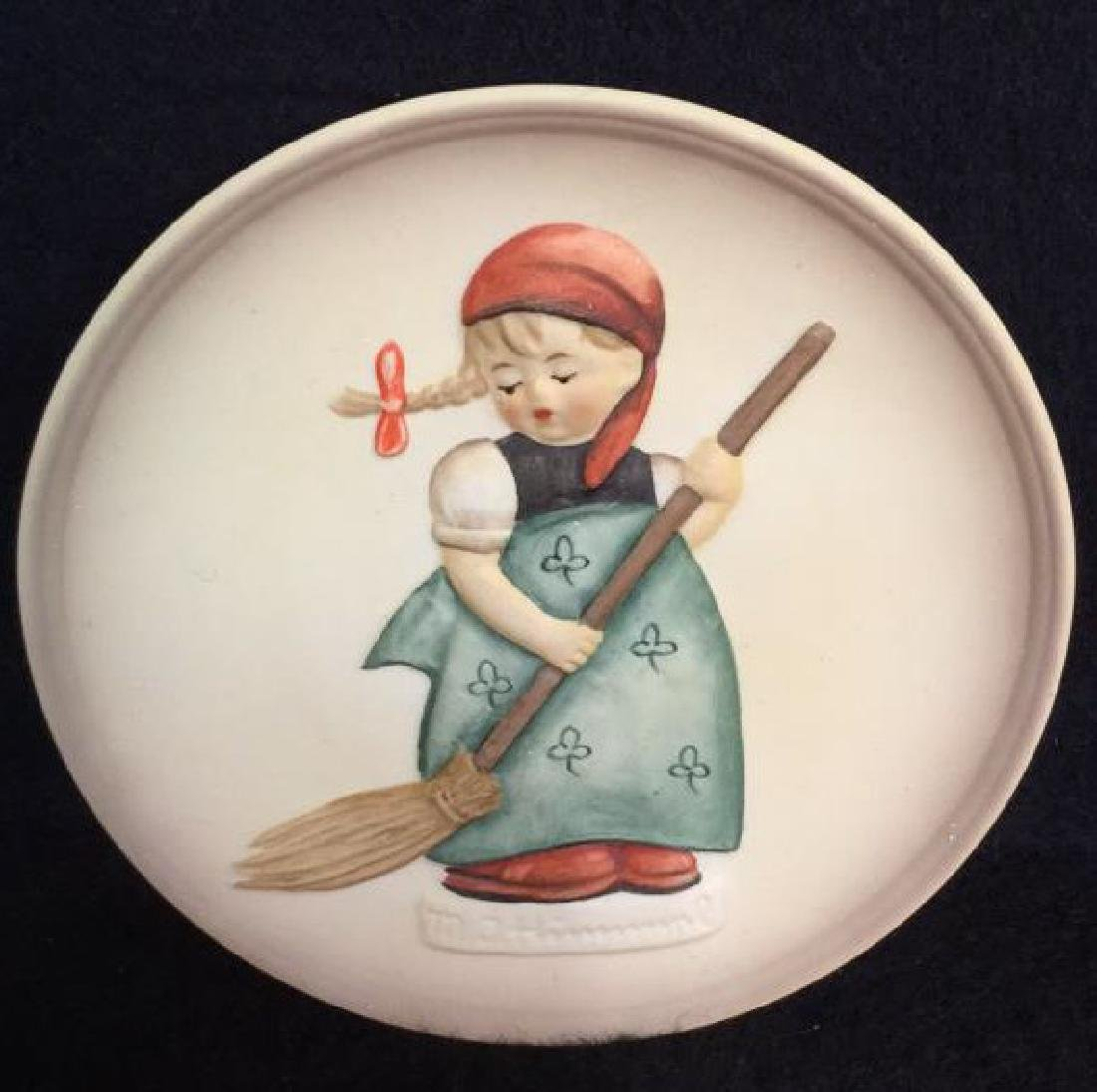 Lot 3 Goebel Hummel Collectible Plaques - 5