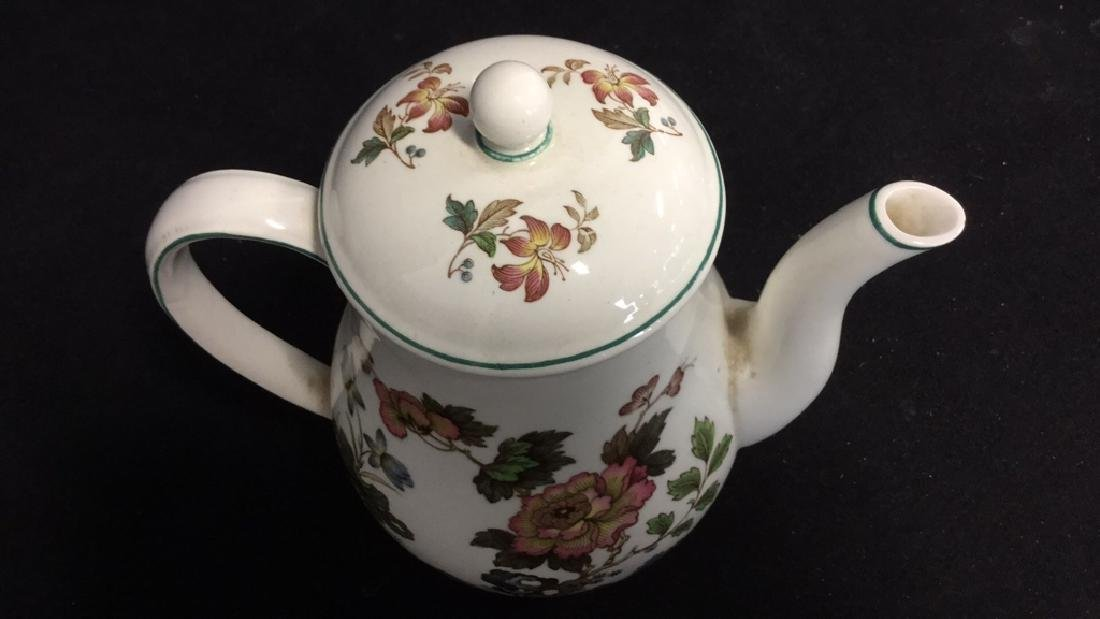 Lot 2 Wedgwood Teapot And Grimwades Pitcher - 4