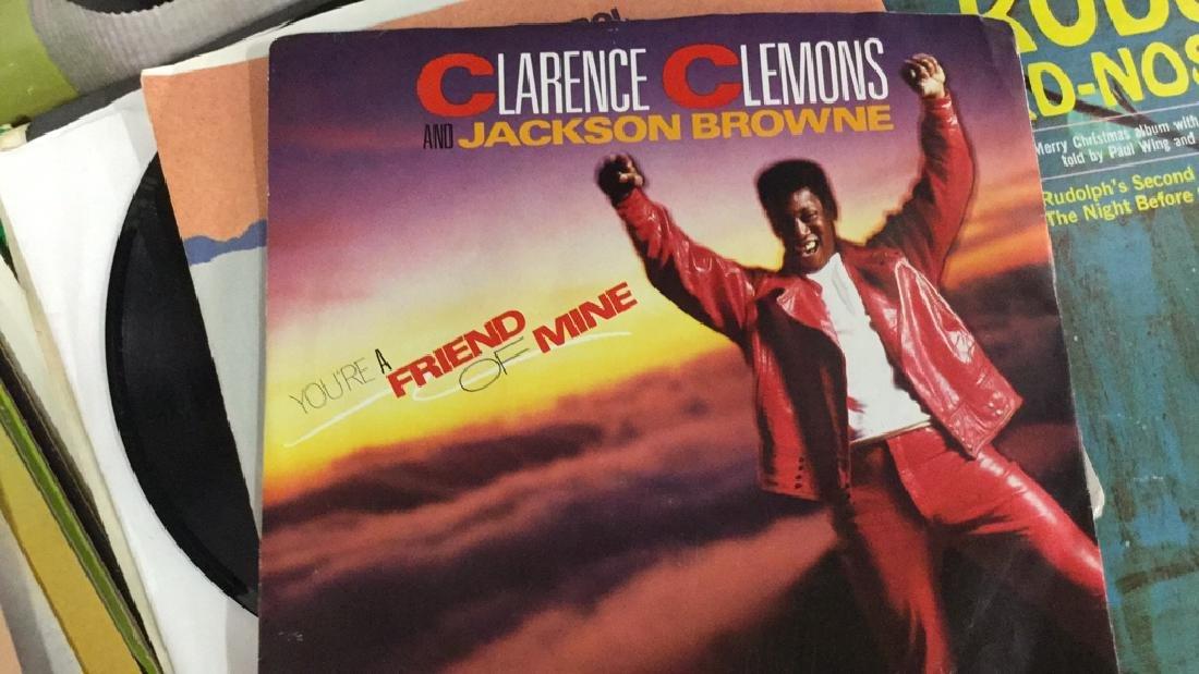 Lot 40 Mixed Vintage Vinyl Records - 6