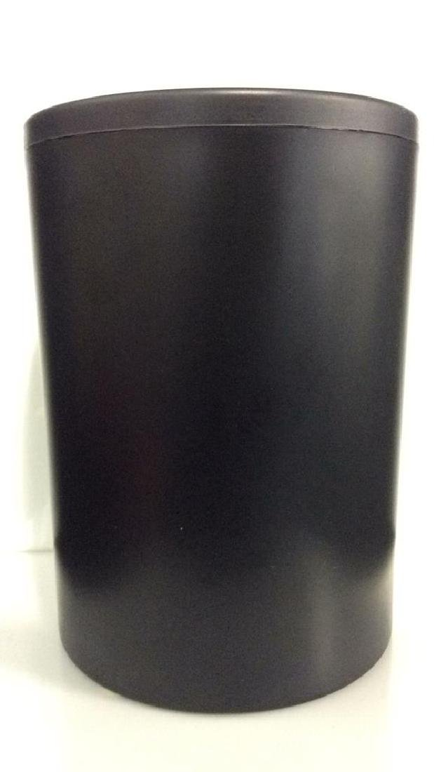 CADDYO Black Toned Cylindrical Wine Holder