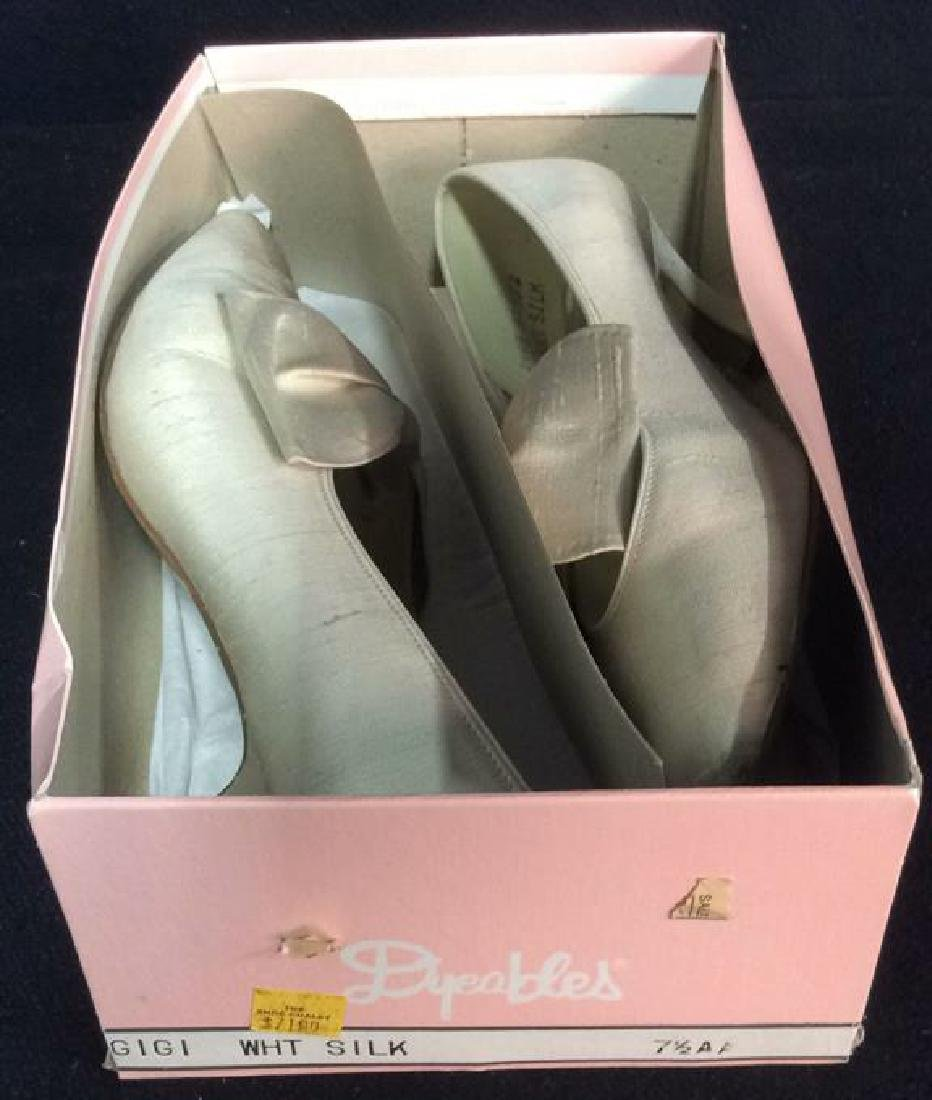 Vintage DYEABLES Silk Shoes w Bows & Original Box - 8