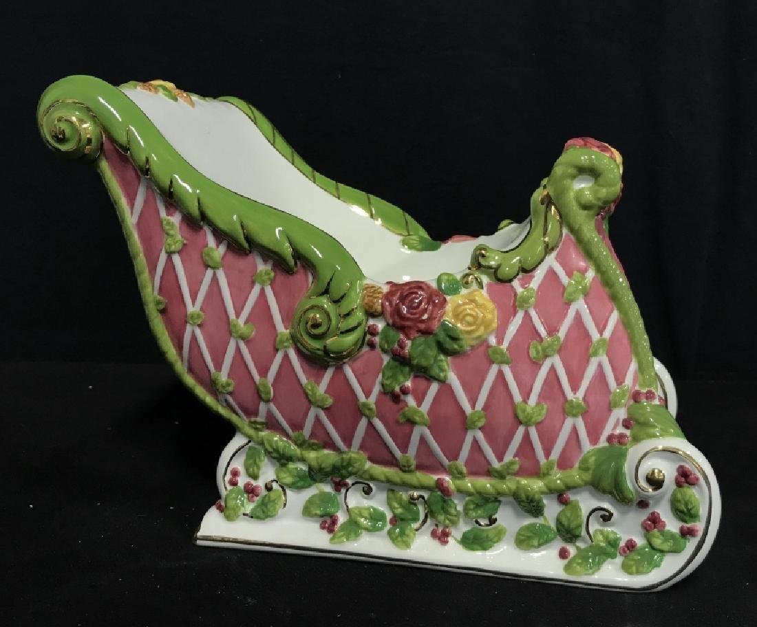 ROYAL ALPERT Porcelain Sleigh Centerpiece