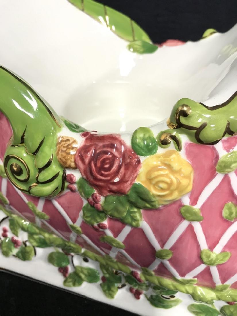 ROYAL ALPERT Porcelain Sleigh Centerpiece - 2