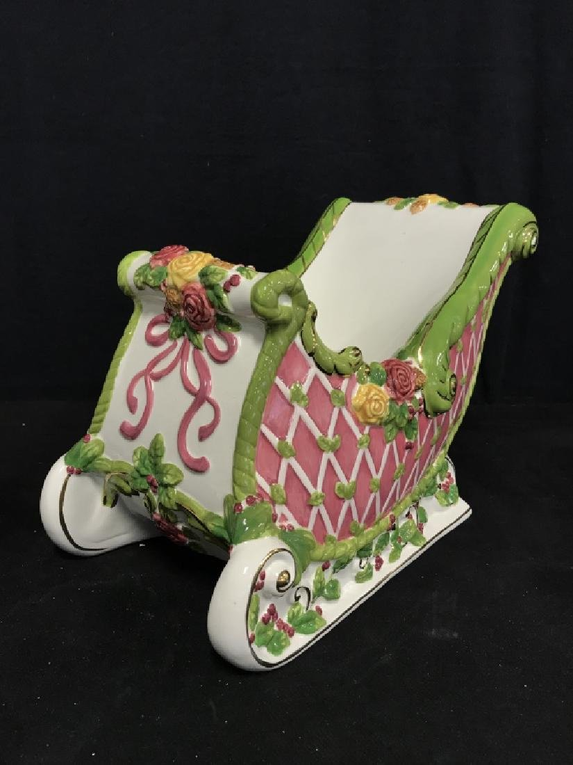 ROYAL ALPERT Porcelain Sleigh Centerpiece - 4
