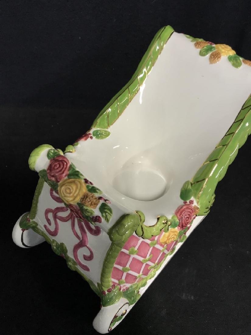 ROYAL ALPERT Porcelain Sleigh Centerpiece - 5