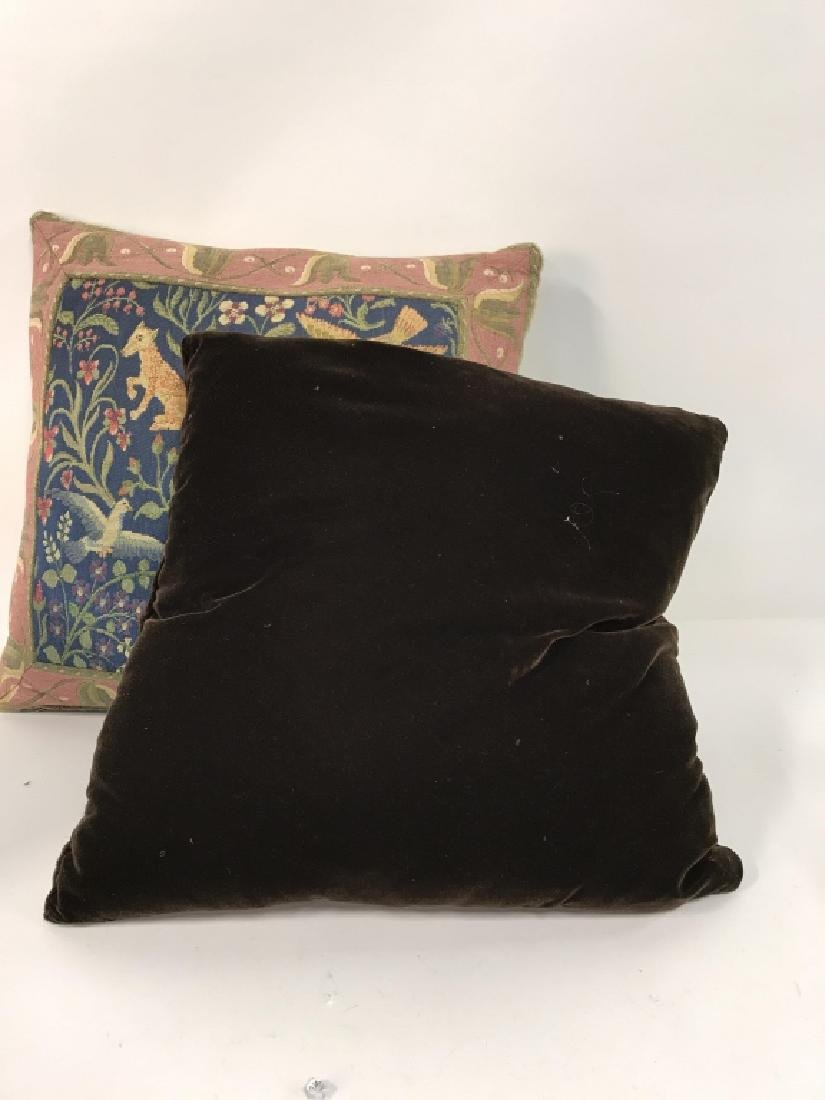 Lot 2 Embroidered Decorative Throw Pillows - 4