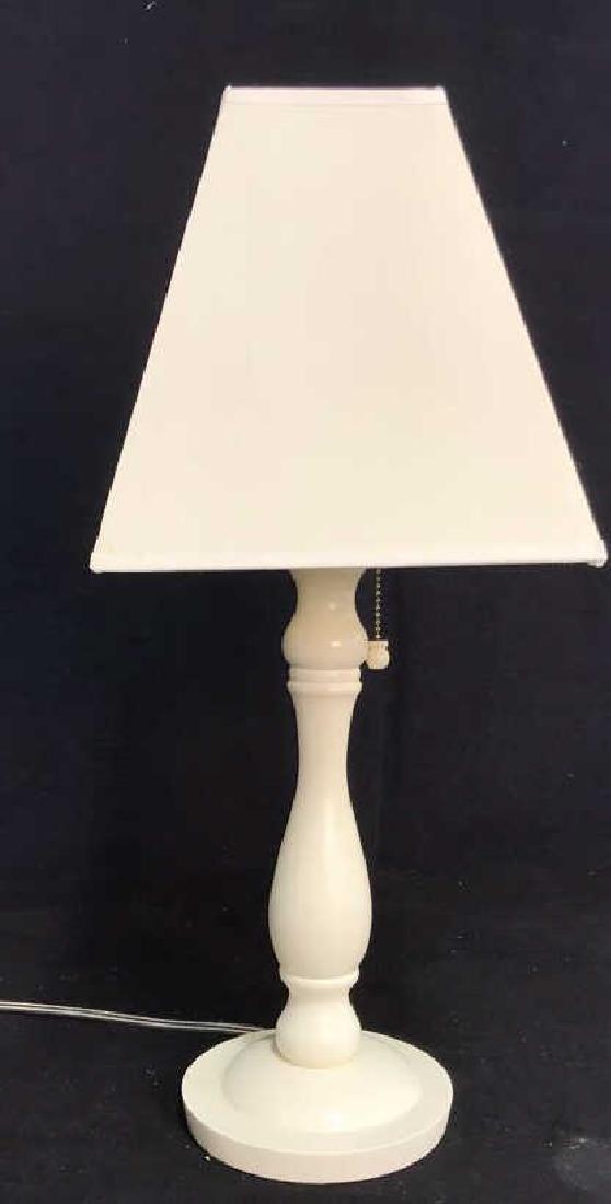 White Wood Lamp w Shade
