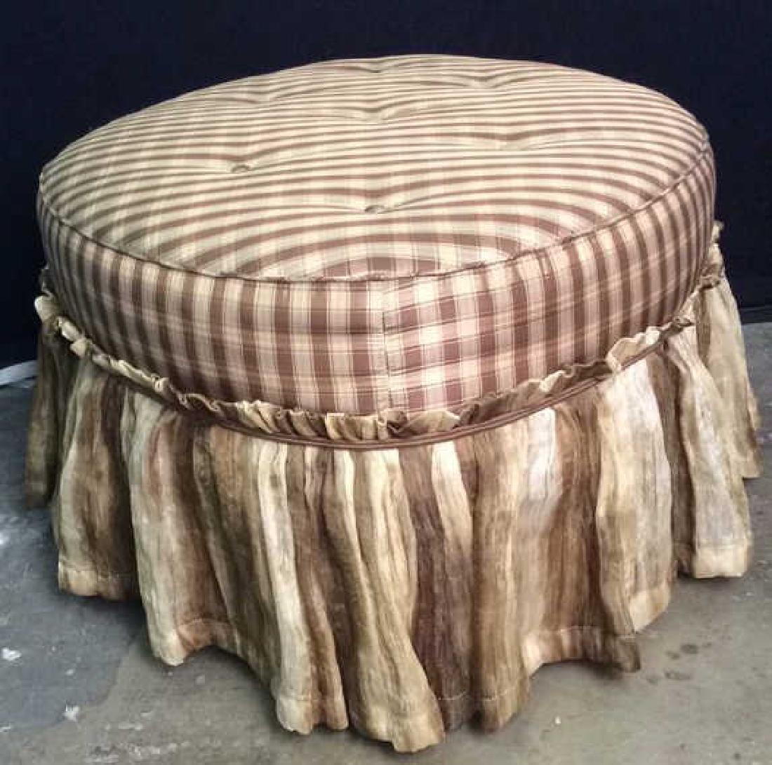 CARR & COMPANY Tufted Oval Shaped Ottoman - 5