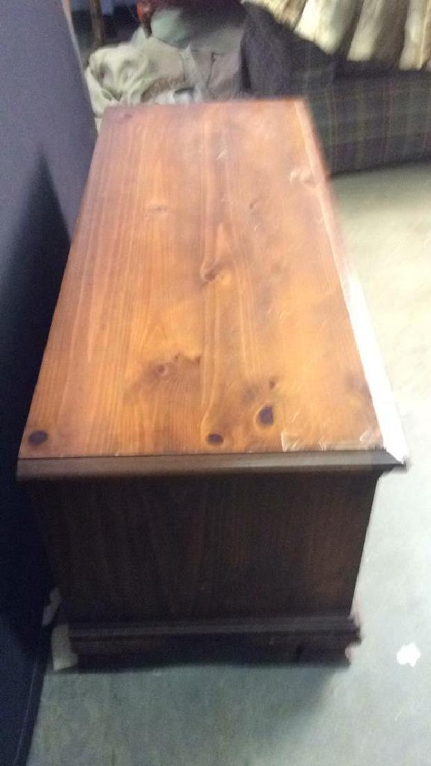 LANE ALTAVISTA VIRGINIA Wooden Chest, Cedar Lined - 5