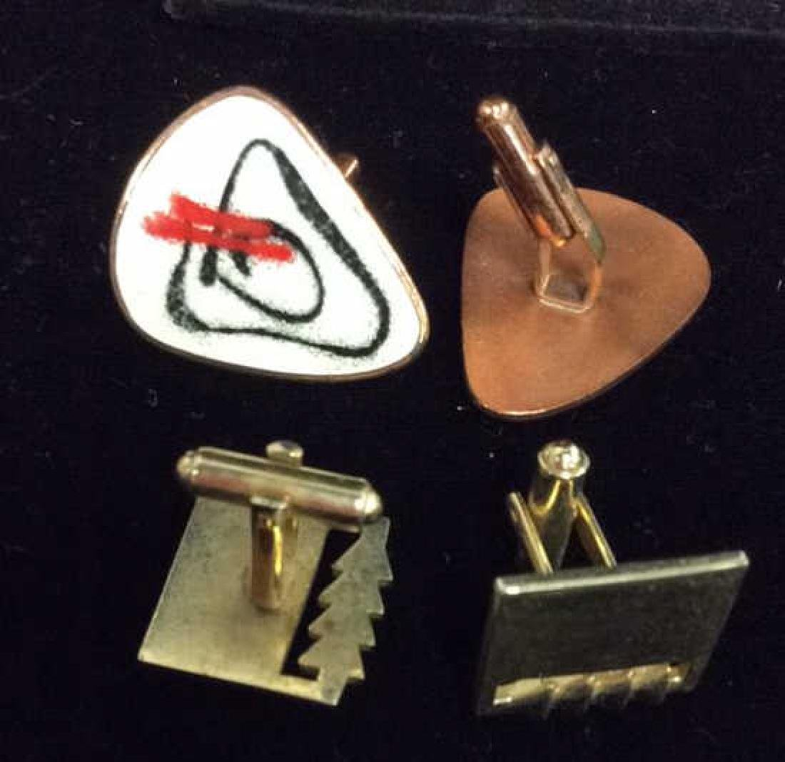 Lot 2 Pairs of Cufflinks Jewelry - 8