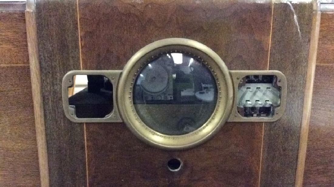 Art Deco Style Vintage Wooden Floor Radio - 3