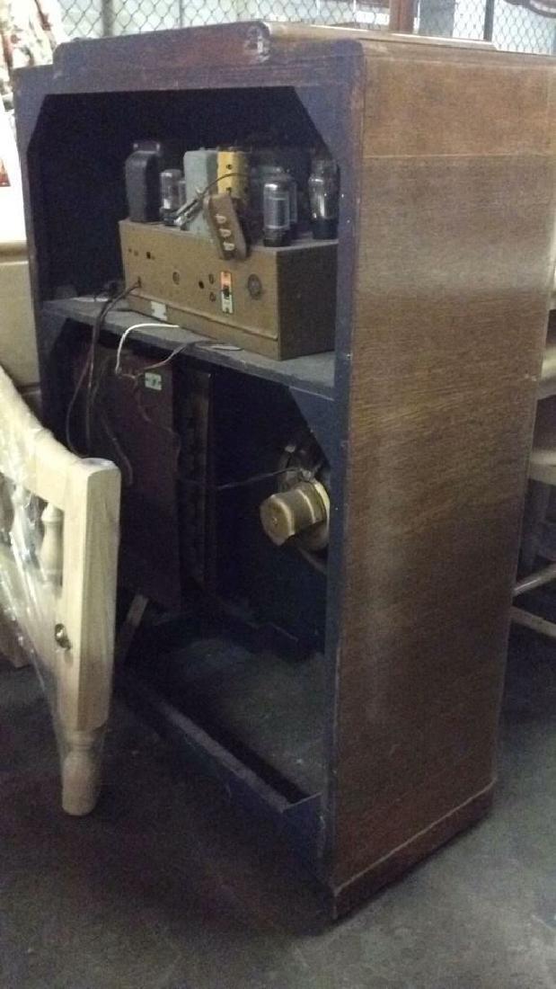 Art Deco Style Vintage Wooden Floor Radio - 6