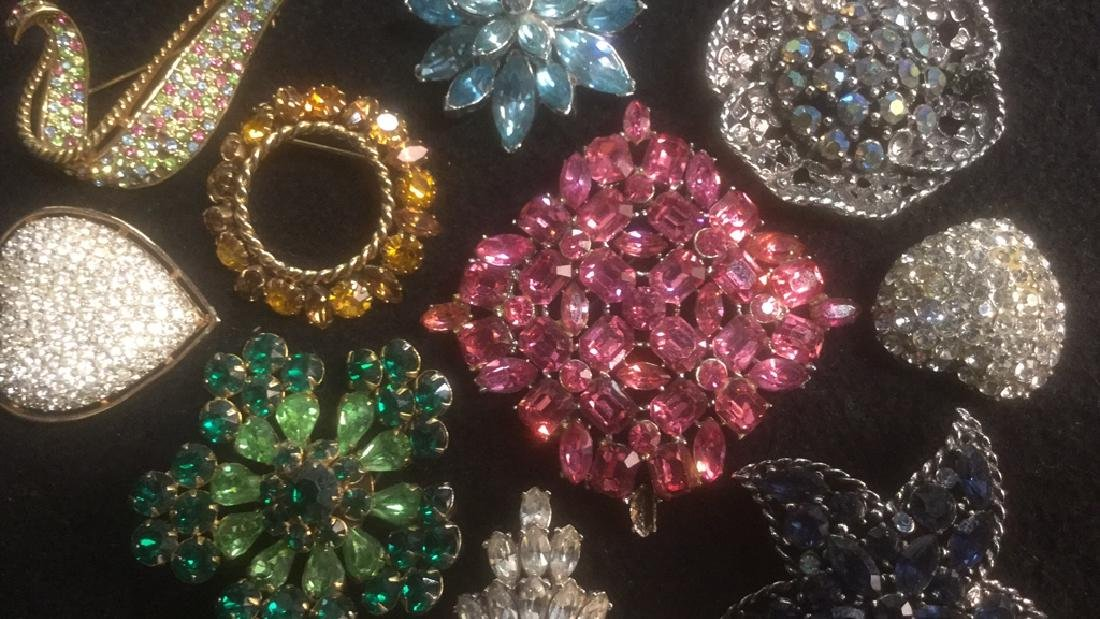 Group 10 Vintage Sparkley Costume Jewelry Brooches - 2