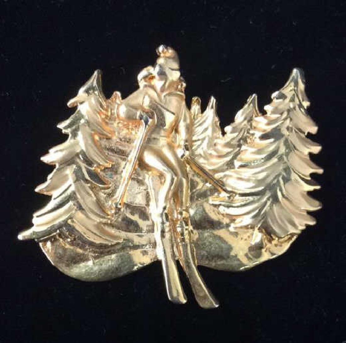 Lot 4 Women's Brooch Pins Jewelry, SIgned - 2