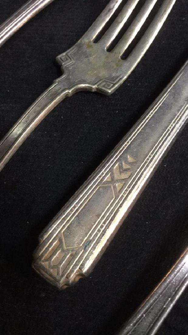 Lot 46 Silver Plate W M Rogers, Carlton Flatware - 7